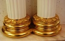 База колонны в стиле барокко. Использование позолоты. Магазин «Рубин», Ижевск.